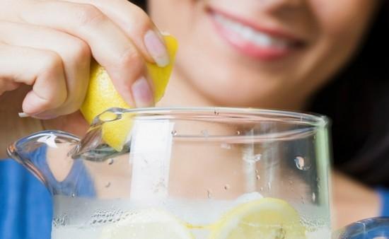 Лимонный сок для волос - ополаскивание